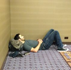 Teen Wolf ~ Tyler Hoechlin - getting some rest at a Con - Tweet from Linden