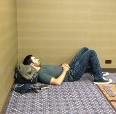 Tyler Hoechlin as Derek Hale Teen Wolf Funny, Teen Wolf Boys, Teen Wolf Cast, Tyler Hoechlin, Sterek, Vampire Diaries, Jonny Weston, Wolf Tyler, Meninos Teen Wolf