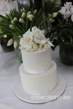 Fresh flower wedding cake | Flickr: Intercambio de fotos