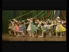"La Fille Mal Gardee - ""Maypole dance"" ... a gorgeous ballet interpretation! ❤❦♪♫"