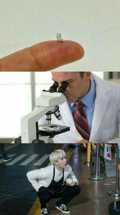 bts-min yoongi-cute-memes awwwww pero que ternunaaa! Foto Bts, Bts Photo, Bts Boys, Bts Bangtan Boy, Jimin, Min Yoonji, Bts Meme Faces, Les Bts, Bts Memes Hilarious