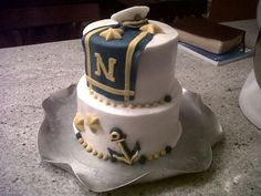 Navy Cake I made this cake for my brother who goes to the Naval Academy. He brought it to a picnic for new recruits. Strawberry cake w/. Buttercream Filling, Strawberry Buttercream, Military Cake, Military Party, Military Retirement, Retirement Ideas, Navy Party Themes, Go Navy Beat Army, Navy Cakes