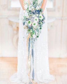 Welcome #weekend <3 . . . Wedding stylist: @pompomyourlife  Flowers: @milles_fleurs_  MuA: @neagina.23  Dress: @lightandlacecouture  Location: @schlosshotelmuenchhausen  Photo: @anja_schneemann_photography . . #wedding #weddingday #bigday #realbride #beautifulbride #classy #romanticwedding #lacedress #bridaldress #veil #bridalstyling #weddingphotographer #weddingphotography #weddingphoto #fineart #fineartwedding #fineartphotography #destinationwedding #hochzeitsfotograf #hochzeitsfotografie…