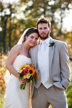 Fall wedding bouquet featuring sunflowers.