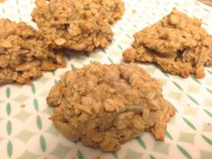 Ginger Tahini Cookie Recipe. Sweet, crunchy and super easy healthy recipe!
