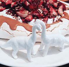 RIALHEIM CERAMIC SERVEWARE- DINOSAUR RANGE Serveware, Dinosaur Stuffed Animal, Range, Ceramics, Toys, Animals, Ceramica, Activity Toys, Cookers
