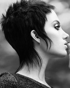 Mullet Haircut, Mullet Hairstyle, Goth Hair, Edgy Hair, Funky Short Hair, Short Hair Cuts For Women, Short Shag Hairstyles, Bob Haircuts, Short Punk Haircuts