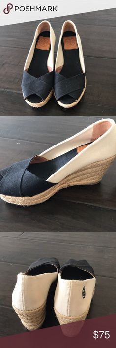 NWOT Tory Burch canvas wedge heels - size 6