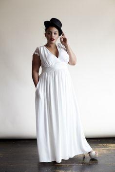 First Look: For the Boho Luxe Bride! Eloquii for Stone Fox Bride! http://thecurvyfashionista.com/2016/04/first-look-for-the-boho-luxe-bride-eloquii-for-stone-fox-bride/