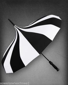 Gothic-Lolita-Regen-Schirm-Circus-Umbrella-Parasol-Cabar-Pagode-Stripes