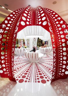 Louis Vuitton store in London designed by Yayoi Kusama
