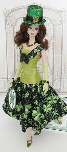 Secret Wishes Licensed Playboy Costume, Tavern Girl Dress, Green ...