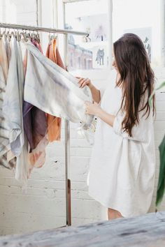US@UO: Creative Dye Techniques with UO Employee Rachel Van Timmeren - Urban Outfitters - Blog