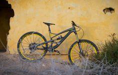 DirtTV: Enduro bike test introducing the YT Capra   Dirt