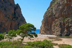 Place: Playa de Sa Calobra, / Balearic Islands, Photo by Unknown Space Place, Balearic Islands, Menorca, Beautiful Space, Landscape Photos, Places Ive Been, Mount Rushmore, Spain, Places