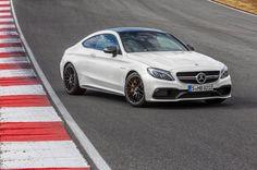Mercedes C 63 AMG Nicht nur das C-Klasse Coupé von Mercedes debütiert...