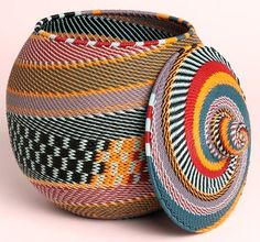 """Panier """"Khamba"""" Telephone wire basket from South Africa Boho Stil, Bohemian, Textiles, Wire Baskets, Storage Baskets, African Design, Basket Weaving, Willow Weaving, African Fashion"""