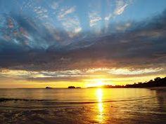 Amanhecer na praia do Paraíso - Mosqueiro - PA | Mapio.net