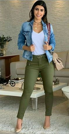 Incredible Olive Green Pants Outfit to Copy - Fashion, Home decorating - Incredible Olive Green Pants Outfit to Copy – Fashion, Home decorating Source by jacquiemcqueen - Casual Work Outfits, Mode Outfits, Work Casual, Chic Outfits, Trendy Outfits, Fall Outfits, Fashion Outfits, Womens Fashion, Woman Outfits