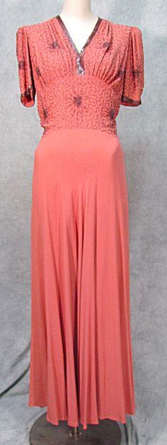 VTG BARRI-MOORE 1940s BEADED FANCY FORMAL DRESS SWING. Click on the image for more information.
