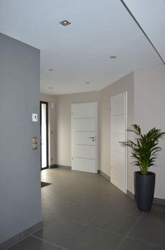 Entrée teintes murales beige – Wasselonne (Bas Rhin – – mai 2014 - New Deko Sites Beige Walls, House Design, House, Home, Living Room Decor, House Inspiration, House Interior, Apartment Decor, Minimalist Home