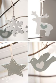 White Christmas decoration are classic and timeless . Christmas Trends, Christmas Eve Box, Merry Little Christmas, Christmas Books, Country Christmas, Christmas Projects, Winter Christmas, Xmas Decorations, Christmas Tree Ornaments