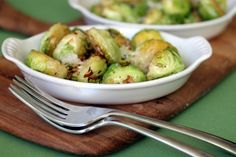 Lemon Garlic Brussels Sprouts - I LOVE LOVE LOVE brussels sprouts!!!!