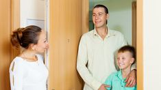Finding apartment House Moving Service, Moving House, Moving Services, Ho Chi Minh City, Women, Woman