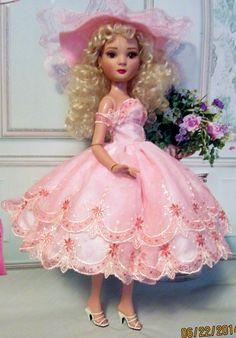 """""""Sweet Beauty"""" for Ellowyne Cami Sydney Tyler Antoinette by MS Dee   eBay happydaisydeedolls"""