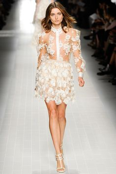 Blumarine Spring 2014 RTW - Review - Fashion Week - Runway, Fashion Shows and Collections - Vogue