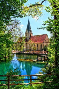 Blautopf*, Blaubeuren, Germany - meine heimmat!  Ich muse besuchen.