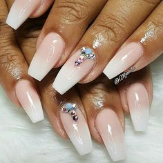 Nude and white baby boomer set for Ms. Zakiyah!! ✨✨ Thanks for coming love!! #fashion #style #hudabeauty #thenaillife #beauty #beautiful #instagood #pretty #girl #girls #stylish #sparkles #styles #gliter #nailart #opi #essie #unhas #preto #branco #rosa #love #shiny #thenaillife #nailpolish #nailswag #anastasiabeverlyhills #vegas_nay