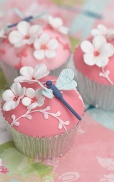 dragonfly cherry blossoms cupcake