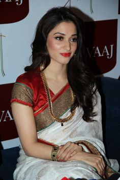 Saree / jewellery/ hair/ makeup love everything about this look