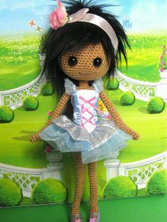 Pretty amigurumi doll in pastel coloured dress. Crochet Fairy, Crochet Dolls, Amigurumi Doll, Amigurumi Patterns, Crochet Bookmarks, Loom Patterns, Crochet Gifts, Crochet Animals, Miniature Dolls