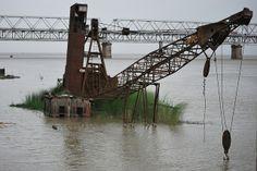 Más tamaños | Picture 430 Crane pontoon imprted in IInd world war at Pandu Port, Brahmaputra | Flickr: ¡Intercambio de fotos!