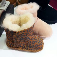 Babys thoo>>> Cute Outfits For Kids, Cute Kids, Baby Uggs, Swagg, Ugg Boots, Babys, Shoes, Fashion, Ugg Slippers