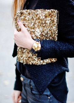 Sequin Clutch #streetstyle #fashion #mezzomezzocorfu