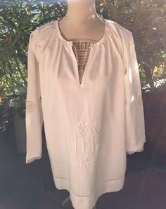 Tunique lin blanc avec appliqués au crochet : Chemises, blouses par realisa