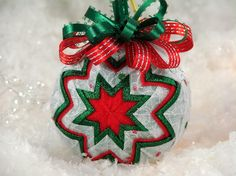 Quilted Ornament Ball Red Green
