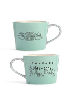 Primark - Friends Mug Friends Moments, Friends Tv Show, Gifts For Friends, Primark, Friends Coffee Mug, Friend Mugs, Friends Merchandise, Buy Gift Cards, Neue Outfits