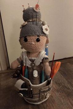 Crochet Hook Case, Love Crochet, Crochet Granny, Knit Crochet, Origami, Amigurumi Toys, Crochet Dolls, Pin Cushions, Knitting Projects