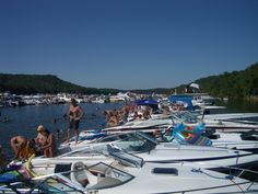 Lake of the Ozarks - Party Cove