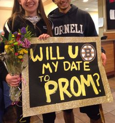 Boston Bruins Promposal, I would instantly be in love and then die. Figure Skating Hair, Promposal Ideas, Hockey Teams, Ice Hockey, Prom Proposal, School Dances, Care Packages, Boston Bruins, Proposals
