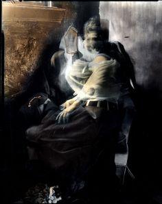 Chaos (Khaos) o Caos es un Dios sin imagen según la Hesiod's Theogonia (El Origen de los Dioses), representa la Nada o el Vacío Absoluto más allá de la Existencia, los primeros seres por Chaos creados fueron llamados y descritos como los niños de Caos y fueron Gaia (La Tierra), Tartarus (El Mundo Subterráneo), Nyx (La Oscuridad nocturna), Erebus (La Oscuridad del Mundo Subterráneo) y Eros.