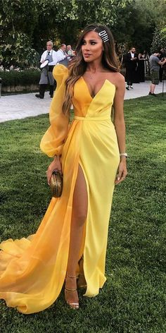 Dresses Elegant, Pretty Dresses, Formal Dresses, Simple Dresses, Formal Wear, Best Wedding Guest Dresses, Wedding Party Dresses, Wedding Guest Fashion, Dress For Party