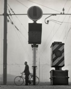 Herbert List. ITALY. Rome. Termini station. 1950. Signals next to the tracks. Magnum Photos - History Of Photography, Modern Photography, Abstract Photography, Vintage Photography, Black And White Photography, Street Photography, Herbert List, Italy History, Brassai
