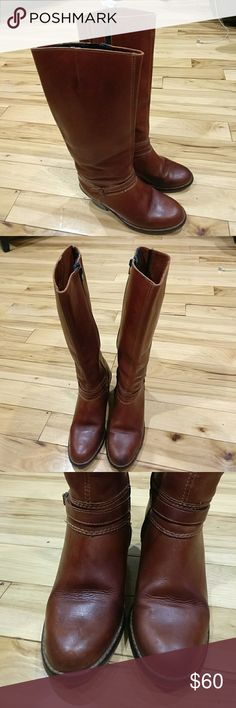 Capetos vintage leather boots sz7 made in Brazil Capetos vintage real leather boots size 7 B brown color made in Brazil. They are in good condition and I'm selling them at a great price so get them today! Capetos Shoes