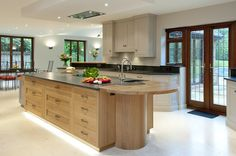 Edmondson Interiors spacious bespoke kitchen with flamed granite. Granite Kitchen, New Kitchen, Kitchen Ideas, Bespoke Kitchens, Dream Kitchens, Kitchen Furniture, Header, Interiors, Contemporary