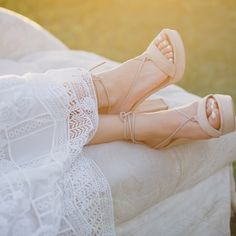 TOOTSIES -  Every bride needs to find time to relax on her wedding day. Having a vintage chaise at your wedding makes the perfect place to do so!